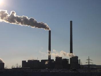Fossilindustrien har fået mere hjælp end sin grønne konkurrent under corona-pandemien