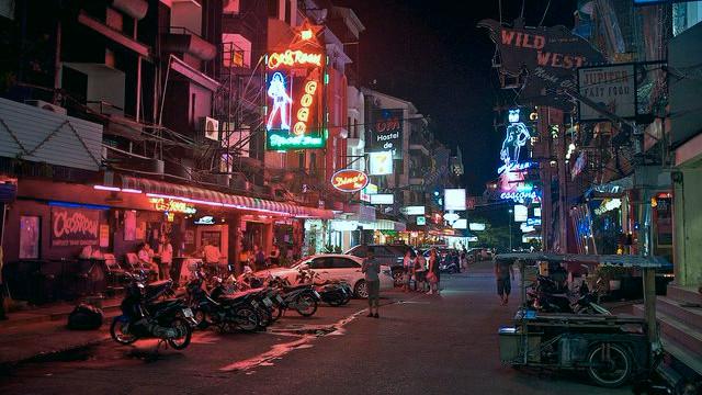En elefant er død i turistbyen Pattaya, Bangkok, efter nytårsfyrværkeri. Foto: Aleksandr Zykov/flickr