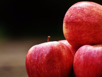 Der er giftrester i halvdelen af dansk konventionel frugt