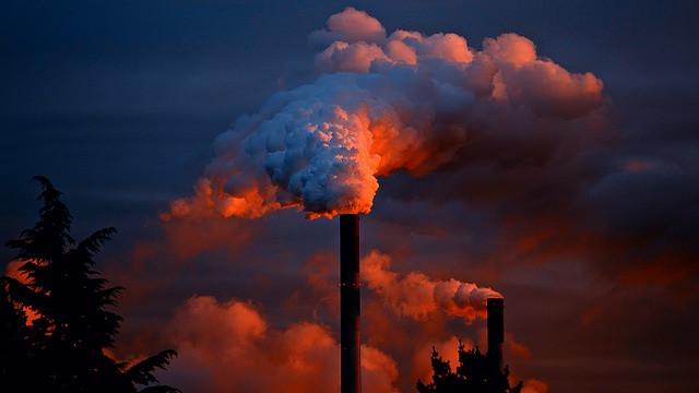 5,5 millioner mennesker dør hvert år før tid som følge af luftforurening, viser et nyt studie. Foto: Pixabay