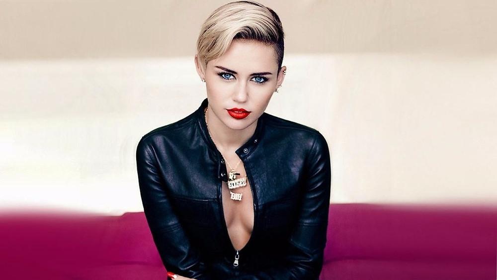 Miley Cyrus minder Donald Trump om, at global opvarmning er et faktum - og håber at han vil acceptere det. Foto: tricks ware/flickr