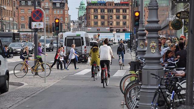 København nævnes som et godt eksempel på en cykelvenlig by i en ny rapport om klimavenlige løsninger. Foto: Dylan Passmore/flickr