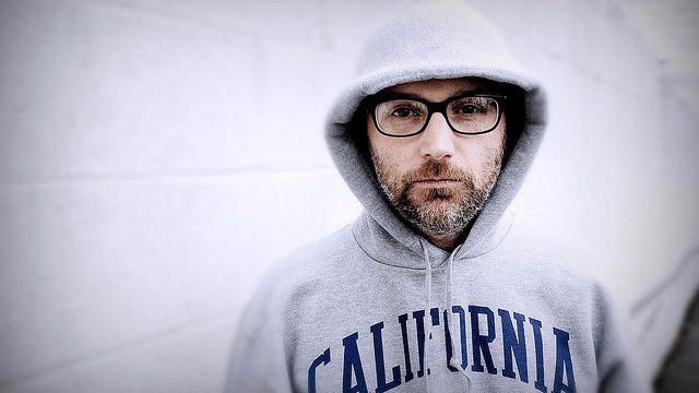 Musikeren Moby, der netop har åbnet en vegansk restaurant, vil give al overskud fra restauranten til dyreværnsorganisationer. Foto: Ron Henry/flickr