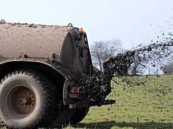 Dyrere for miljøfolk at klage - gratis for landbruget. Venstre afviser forskelsbehandling