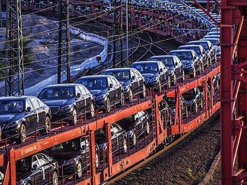 Bilproducenter vil have Trumps tilladelse til at forurene mere