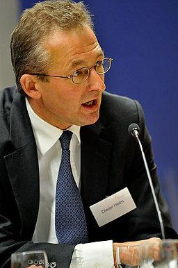 Dieter Helm, professor i økonomi, mener, at verdenssamfundet bliver nødt til at tage mere hensyn til naturen i sin økonomiske tænkning. Foto: Policy Network/flickr