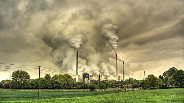 Niveauet af CO2, methan og nitrogenoxid stiger og stiger. 2014 slog rekorden fra 2013 mht. indholdet af drivhusgasserne i atmosfæren. Foto: Guy Gorek/flickr