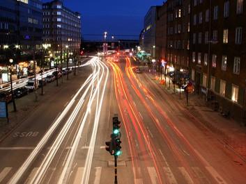 Intelligente trafiksignaler giver flydende trafik og mindre forurening