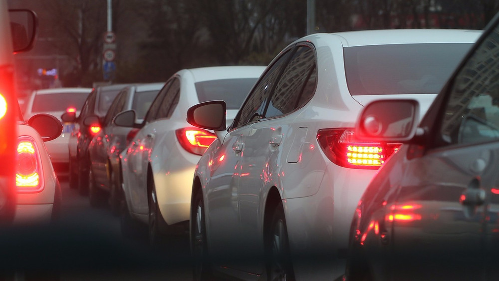 Partikler fra bilers udstødning øger risikoen for demens, viser et nyt studie. Foto: Pixabay