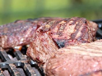 EU vil tillade vækstfremmende antibiotika i kød fra USA