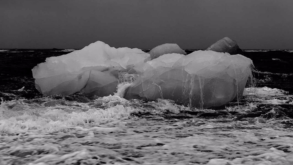 Hvert år smelter 56 mia. tons is fra den Antarktiske Halvø. Foto: Pixabay