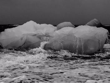 """Forskere: Antarktis smelter med """"dramatisk"""" hast"""