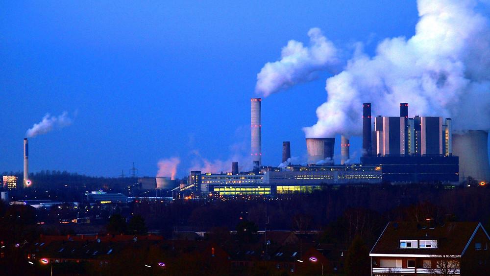 Tysklands økonomiministerium sænker nu sine miljøkrav til kulkraftværkerne. Foto: Oliver Wald