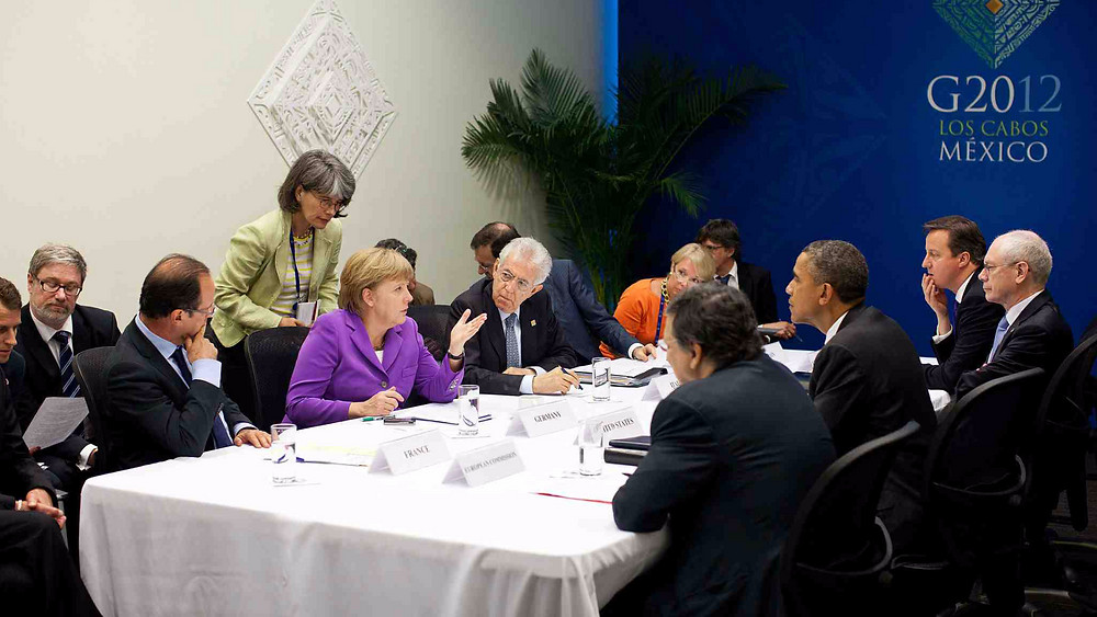 Francois Hollande og Angela Merkel (nummer ét og to fra venstre) ses her under G20-topmødet i Mexico. De har netop meldt klart ud i en ny klimaplan forud for klimatopmødet i Paris i december. Foto: White House/Wikimedia Commons