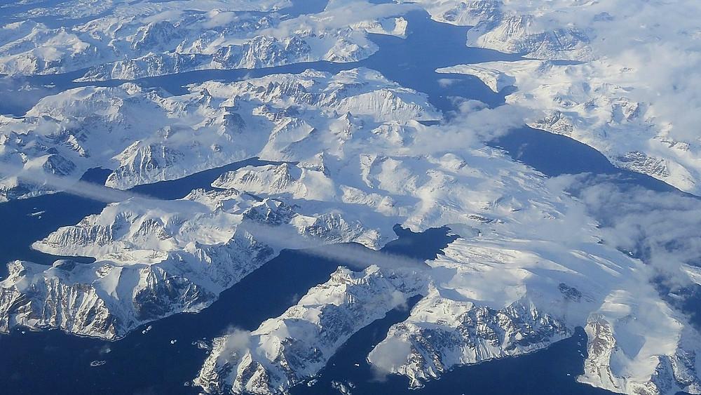 Grønlands indlandsis smelter hurtigere og hurtigere. Forsvinder den helt, stiger havet seks meter. Foto: Pixabay