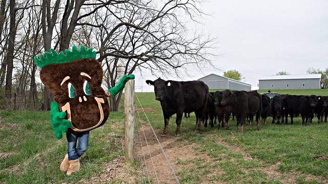Sammy Soil er maskot for den amerikanske landbrugsmyndighed, USDA, som søger at hjæpe landbruget med at være mere miljøvenligt. Foto: Lance Cheung/USDA