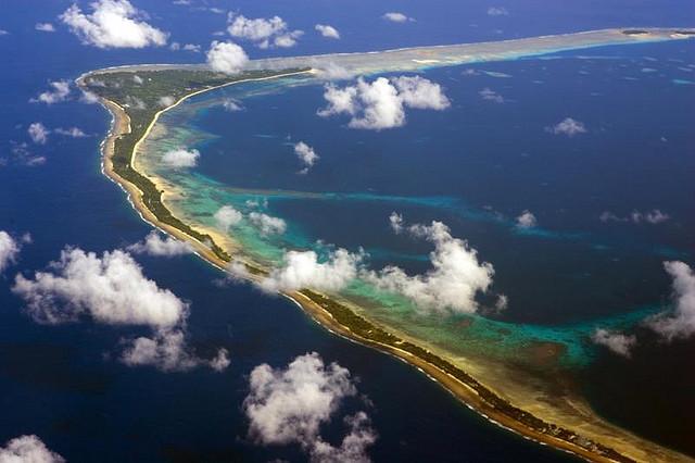 Marshalløerne, der ligger i det vestlige Stillehav, er ved at forsvinde i havet på grund af dets stigning. Foto: Christopher Michel/flickr