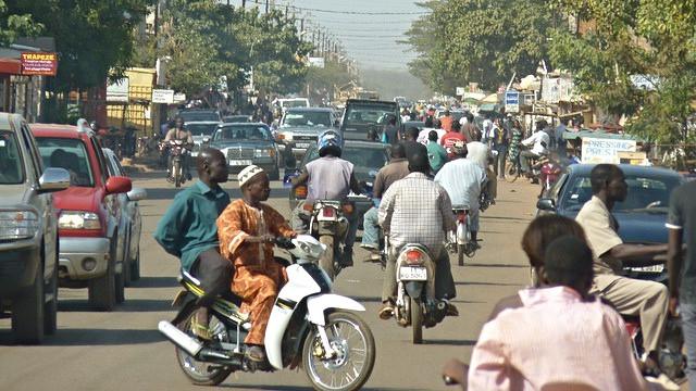 Luftforurening i Afrika er et stigende problem, viser et studie fra OECD. Foto: Howard Cambridge/flickr