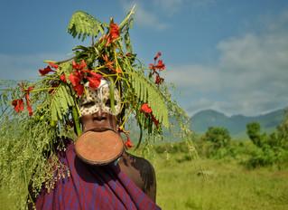 Los Surma, viaje el pueblo más inaccesible y bello de Etiopía