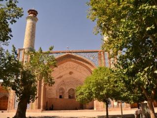 La ciudad monumental y sagrada de Qazvin