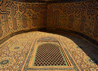 De paseo por la centenaria ciudad de Turkestán