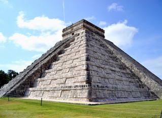 Recorriendo la milenaria ciudad maya de Chichén Itzá