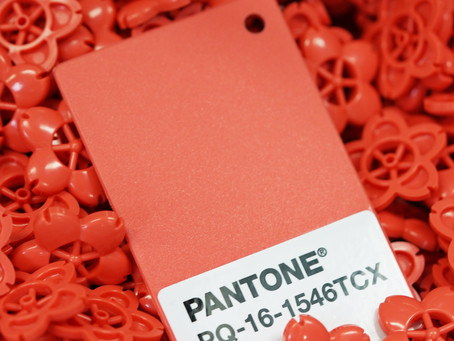 PHEW®Tracker x PANTONE®