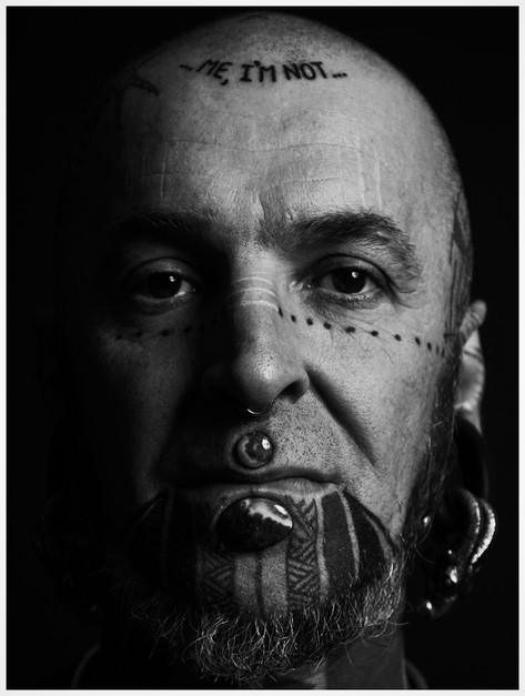 Ze resident Tattoo Artist