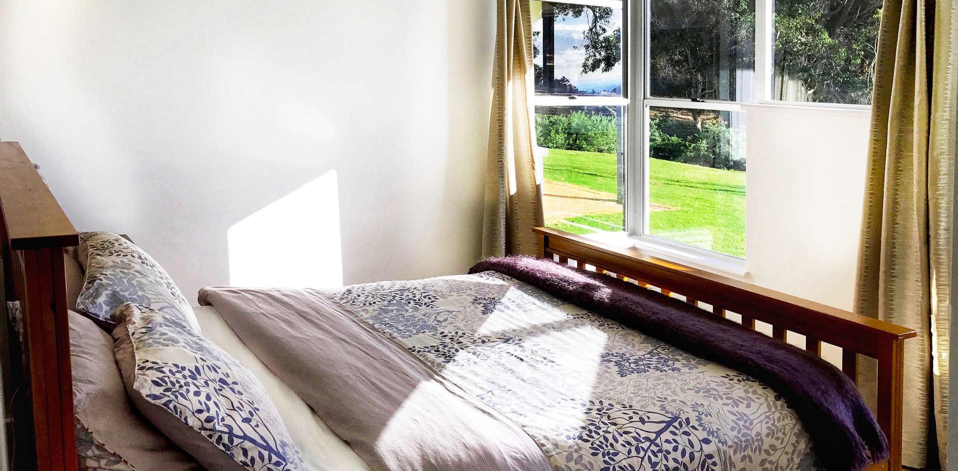 Queen Bedroom - Bed 4
