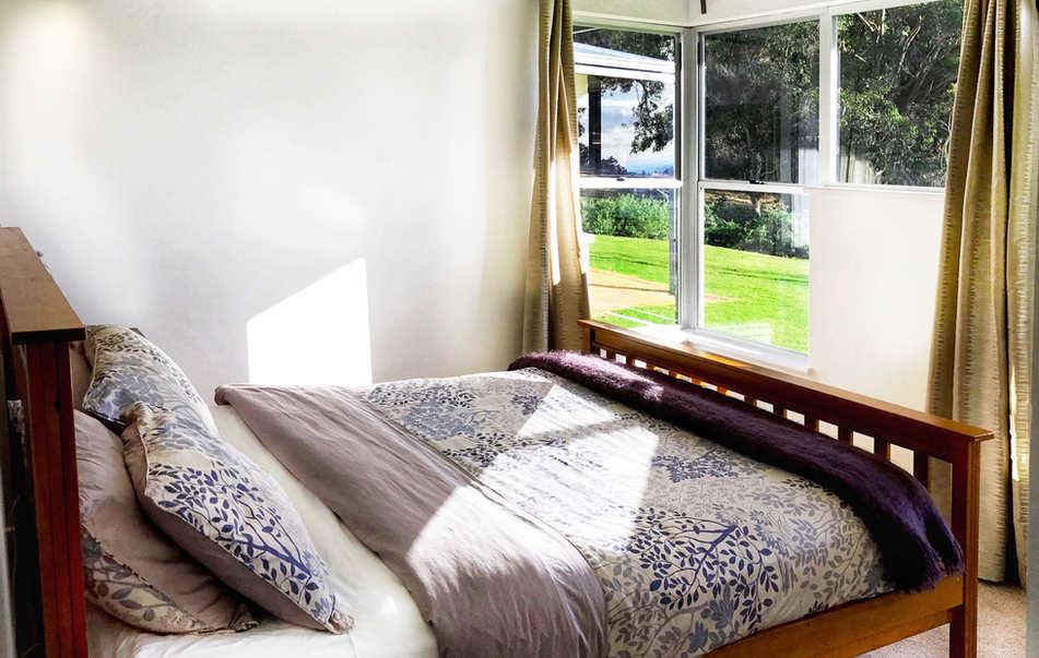 Queen Bedroom - Bed 3