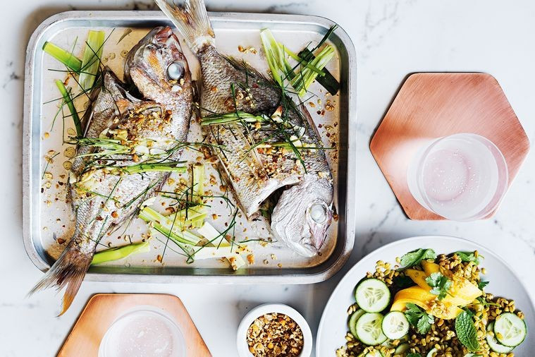 Baked snapper with mango salad