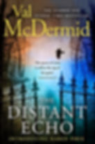 Val Mcdermid - The Distant Echo