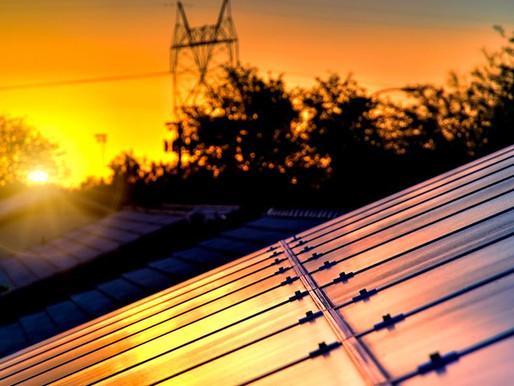 A hora é agora: 5 razões para investir em energia solar hoje!