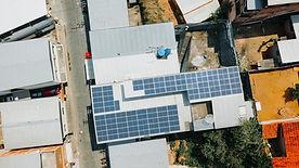 energia-solar-em-sistemas-comerciais-jui