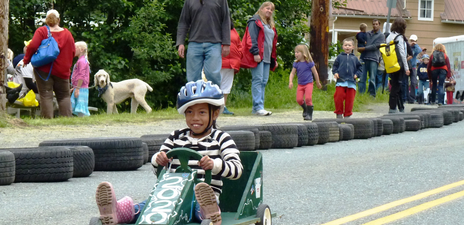 7-4-13-J4-Soapbox-derby-girl-in-Douglas.