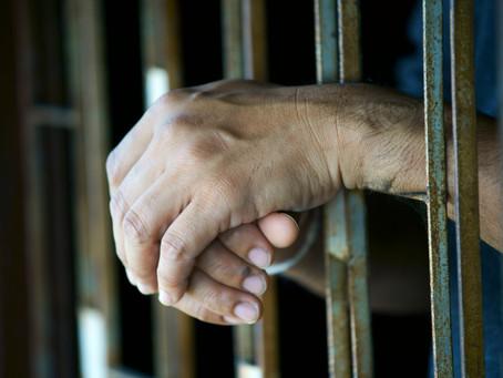 Преступники, ограбившие трансгендерную женщину, получили тюремные сроки