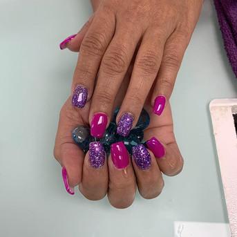 Nails done by Chloe 💅🏻💜.jpg