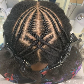 Feeding braids! Come get yours today!!!