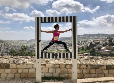 יוגה תרפיה - היוגה כדרך טיפול בחיים עצמם