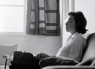 Clarice Lispector: as escritas do ser, o ser da escrita e a mulher