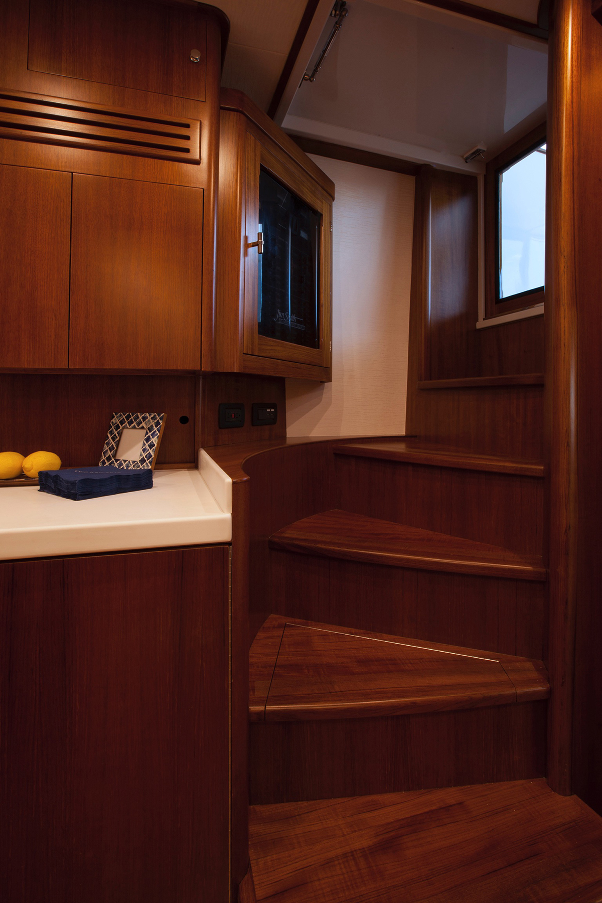 Jim Smith 48 Interior 17