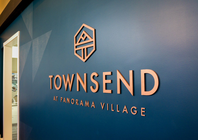 Townsend_3D-Logo.jpg