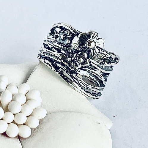 The Blossomy - Unique Handmade Sterling Silver Ring with Floral Carving