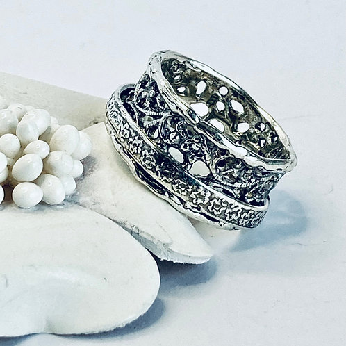 Meditation and roses - Handmade Sterling Silver Meditation Ring