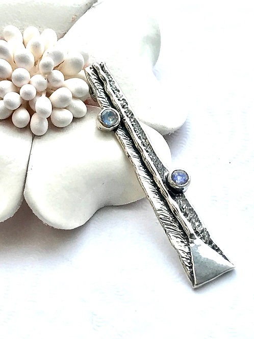 The Exquisite - Handmade Sterling Silver Pendant with Natural Moonstone