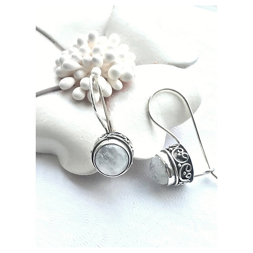 The Full Moon - Handmade Sterling Silver Earrings with Moonstone