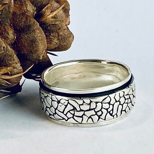 The Crocodile Skin - Handmade Sterling Silver Meditation Ring