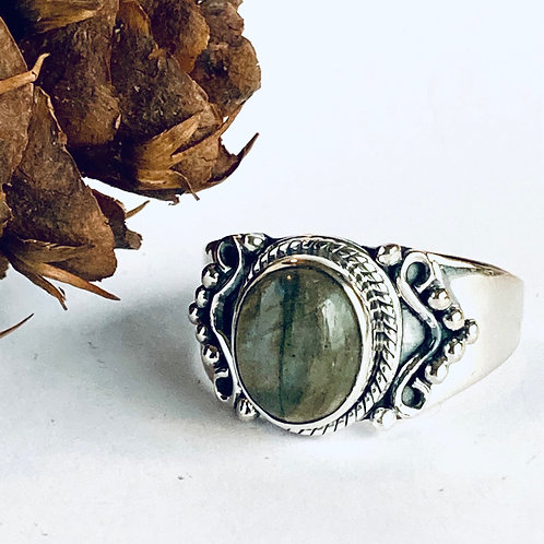 The Northern Lights - Handmade Sterling Silver Ring with Labradorite