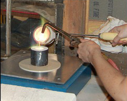 Pouring the silver in the crucible