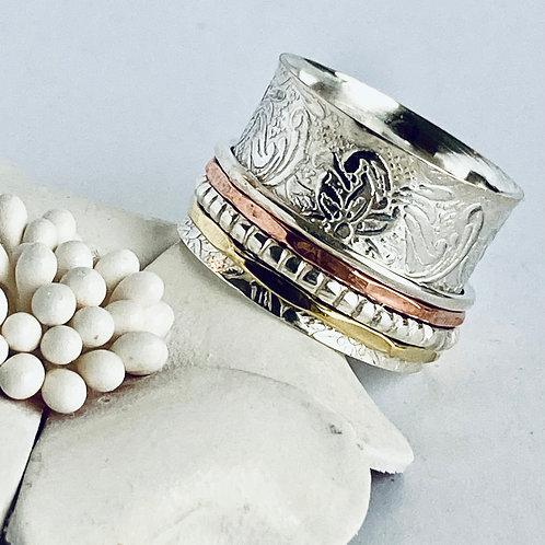 The flowery Meditation - Handmade Sterling Silver Meditation Ring
